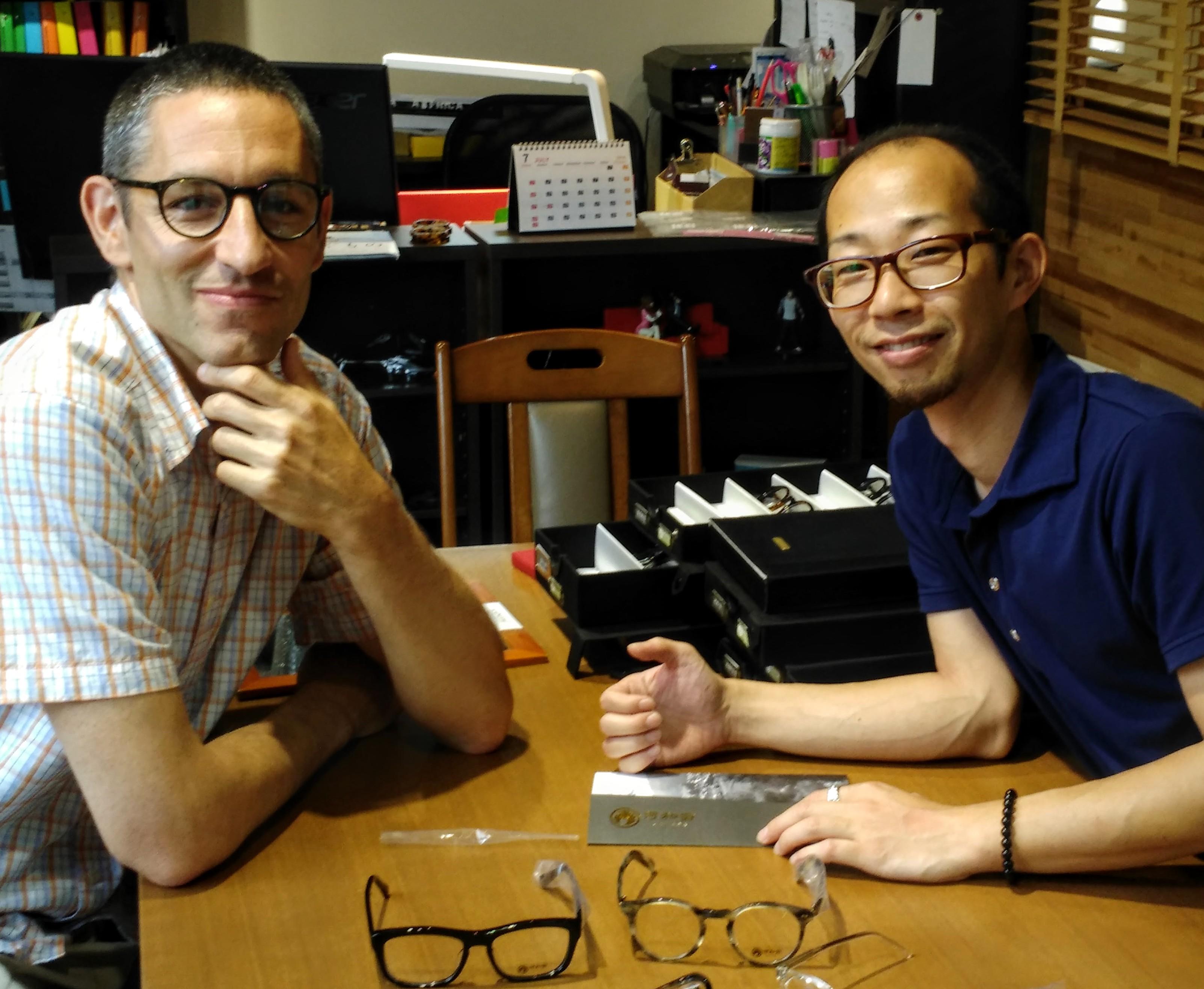 Visiting interesting eyeglasses design house (combination acetate titanium frames)